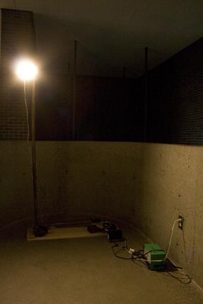 2.searchlight